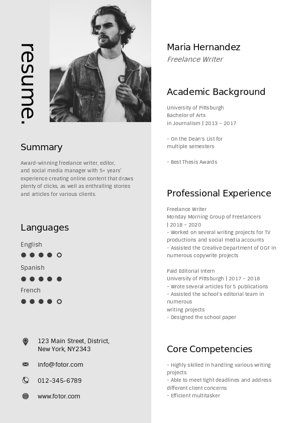 1. Black&White personal resume template